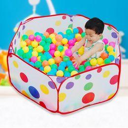 Balle anti-stress chaude Eco-amical coloré en plastique souple eau piscine océan vague balle bébé drôle jouets en plein air en Solde
