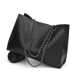 Famoso Diseñador de la Marca de Cuero de Las Mujeres Bolsos Grandes Daimond Enrejado Cadena de Calidad Grande Negro Casual Bolsa de Invierno Bolsa J238