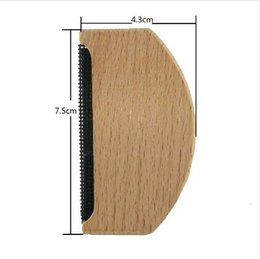 Woolen Knitted Clothes NZ - Wooden Manual Clothes Lint Removers Fuzz Pills Shaver Sweaters Curtains Carpets Clothing Lint Pellets Remover 100pcs lot