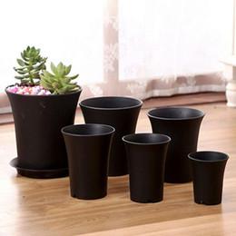 Ingrosso Vasi di plastica polacchi opachi di nuova moda per le piantatrici durevoli del giardino vivente del pacchetto 10 piantine delle piantine Trasporto libero