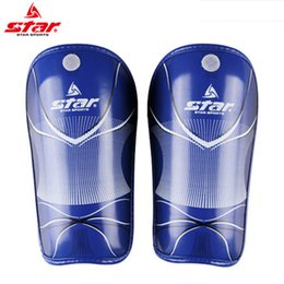 Wholesale High Quality Professional original star Sports Soccer Shin Guards Football Leg Pads Goalkeeper Training Protector Shin Guards