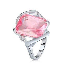 $enCountryForm.capitalKeyWord UK - Hot Sale Luxury Square Cut Sier Color Pink Crystal Finger Ring Fashion Punk Style Jewelry for Women Gift