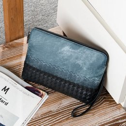 $enCountryForm.capitalKeyWord Australia - Factory wholesale brand personality fashion men Denim bag hand bag fashion embroidery woven hand bag large canvas embroidery clutch