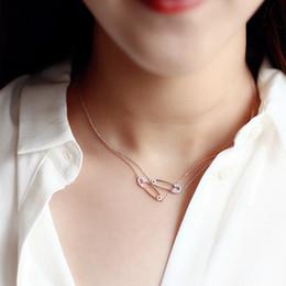 2018 Delicate 925 sterling silver drop shipping charm dainty graffetta pavimentata piccola cz collana di pietra spilla di sicurezza per le donne ragazze