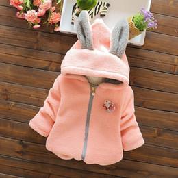 2016 bebés bebés varones Parka Niñas pequeñas Ropa de nieve Abrigo de bebé Conejo lindo Algodón acolchado traje de invierno Chaqueta de invierno Grueso en venta
