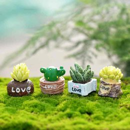 China LOVE Succulent Plants Craft Bonsai Doll Accessories DIY Material Ornaments Micro Landscape Moss Terrarium Decoration Fairy Garden Zakka cheap material love doll suppliers
