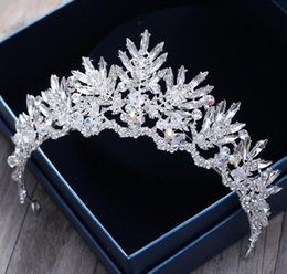 Discount baroque wedding dresses - Baroque brides Crown Crystal Hair Band Wedding Wine dressing headgear elegant retro Korean hair accessories