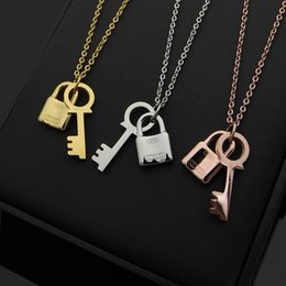 Discount letter t pendants - 316L titanium steel high quality T letter love key lock couple necklace 18K gold rose gold and silver lady length neckla