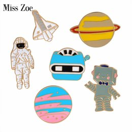 universe shirts 2021 - Miss Zoe Astronaut Robot Planet Space shuttle Universe Warfare Brooch Denim Jacket Pin Buckle Shirt Badge Gift for Frien