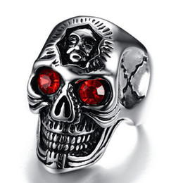 unique halloween gifts NZ - Men Stainless Steel Skull Ring with Crystal Rhinestone Red Stone Eye for Man Unique Punk Jewelry Male Biker Halloween Crazy Gift