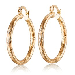 China Retro Vintage 18K Yellow Gold Plated Pattern Round Hoop Earrings Fashion Jewelry Bijoux Party Wedding Hot Gift for Women Wholesale suppliers