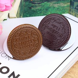 Discount cosmetics deals - Promotion New arrival Super Deals Brown Cute Cookie Shaped Design Mirror Makeup Chocolate Comb pocket Mirror can stand