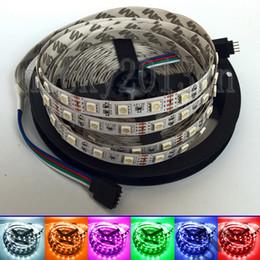 12V 5050 RGB LED Cinta de luz flexible Cinta de cinta 5M 300LEDs No impermeable 60LEDs / m Cambio de color múltiple Doble capa PCB 16.4FT en venta