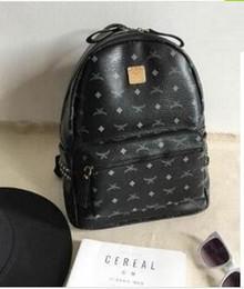 6587e63e3ba2 дизайнер рюкзак летняя мода женщины школьные сумки горячий панк стиль  мужчины рюкзак дизайнер рюкзак искусственная кожа Леди сумки