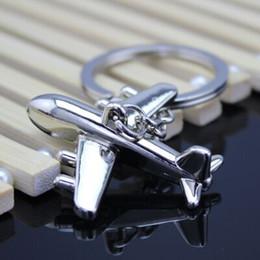 $enCountryForm.capitalKeyWord NZ - 2018 BRONZE Men's luxury metal key ring Metal Key chain Metal Feet Compass Opener Accessories Key ring Solid zinc alloy keychain