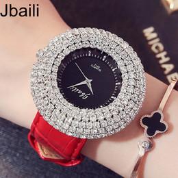 $enCountryForm.capitalKeyWord NZ - New Fashion Shinning Crystal Diamond Dial Bracelet Set Women Watches Leather Luxury Top Brand Unique Dress Ladies Wrist Watches Y1890304