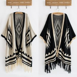 $enCountryForm.capitalKeyWord Canada - Wholesale-2016 Hot Sale Vintage 70s Cardigan Knit Blanket Batwing Sleeve Geometric Drape Hippie Tassels Sweater Jacket Free Shipping