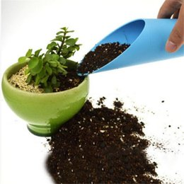 Wholesale Newest Enduring Bucket Shovel Cultivation Cylinder Fleshy Plant Soil Spade Shovel Garden Tools LZ1522
