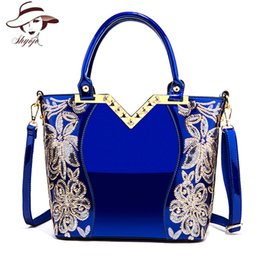 2018 Patent Leather Shoulder Bag Female Evening Party Bags Brand Designer  Handbags Large Capacity Women Sequined Cross Body Tote Y18102903 652f674a5df4b
