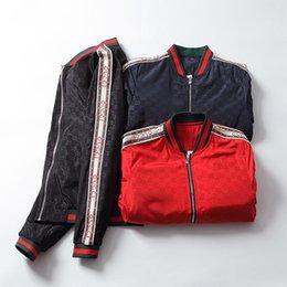 SS 2018 Marque Designer De Luxe Hommes Vestes Nouvelle Mode Casual Imprimé Manteaux Manteaux Plus La Taille Noir Rouge Sportswear Fermeture À Glissière Printemps Automne
