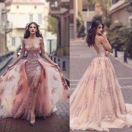Опт Скромные розовые кружевные платья выпускного вечера с цветочным принтом и отстегивающимся шлейфом Сексуальное разрезное V-образное с вырезом Дубай Арабская принцесса Вечернее платье