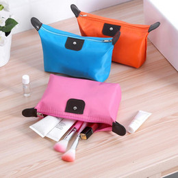 Cheap makeup pouChes online shopping - Hot Cheap Makeup Bags Large Capacity Cosmetics Pouchs For Travel Ladies Pouch Women Cosmetic Bag Waterproof Storage Bag Cosmetic Case