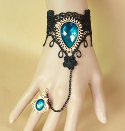 Discount peacock ring bracelet - Hot style The elegant girl wears the black sexy lace crystal peacock blue girl bracelet band ring, which is fashionable