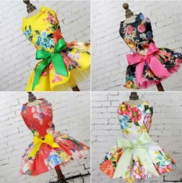 $enCountryForm.capitalKeyWord Canada - Dog Dress Pets Dogs Puppy Cats Princess Bowknot Floral Dress Pets Costume 2018 Free shipping
