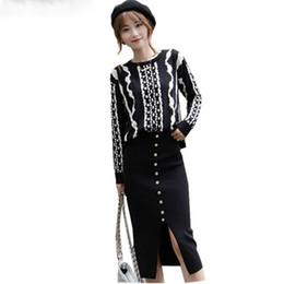 b9b516061 Traje falda lápiz negro online-Nuevas mujeres de la manera 2 pedazos fijan  2018 Autumn