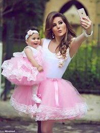 $enCountryForm.capitalKeyWord NZ - 2017 Off the Shoulder Tulle Ball Gown Said Mhamad Pink Flowers Girls Dresses Knee Length Cheap Flower Girl Dress Mother and Daughter