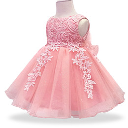7d4fb37dd1c739d Новорожденных девочек платье кружева цветок Крещение платье одежда Крещение  новорожденных детей девочек 1yrs день рождения принцесса младенческой  костюм ...