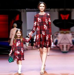 Discount dresses designs polka dots - Family Matching Christmas dress Mother And Daughter Clothes Long Sleeve Snowmen Snowflake e Xmas Elk Santa Claus Dress 1