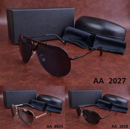 Venta al por mayor de 2018 hombres mujeres Gafas de sol con caja original de lujo y estuches para anteojos regalo clásico de la vendimia vestido de fiesta Casual jim gafas redondas gafas