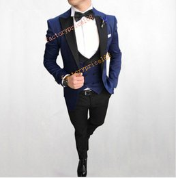 $enCountryForm.capitalKeyWord Australia - Fashionable Groomsmen Peak Black Lapel Groom Tuxedos Men Suits Wedding Prom Dinner Best Man Blazer(Jacket+Pants+Tie+Vest)