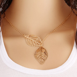 $enCountryForm.capitalKeyWord Canada - Hot Fashion Gold Silver Two Leaves Pendant Necklace Leaf Casual Beads Long Strip Pendants Gifts Women Necklaces Jewelry
