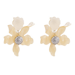46ac2fb802ff Nuevo diseño de moda bohemio grande de la flor pendientes de gota para las mujeres  de la venta caliente de resina declaración encanto de la boda pendiente ...