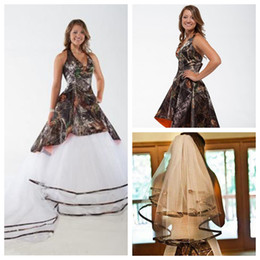 $enCountryForm.capitalKeyWord Australia - 2018 Halter Camo A-Line Wedding Dresses Detachable Tulle Train Bridal Gowns Lace Up Back Tiered With Veil Custom Camouflage Vestidos
