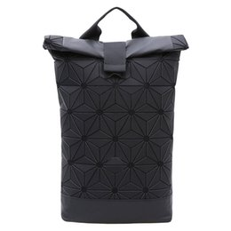 China Fashion Designer Luxury Travel Backpack Unisex Backpack Leisure Student Schoolbag Soft PU Leather Breathable Women Bag Travel Bag supplier tartan plaid fashion suppliers