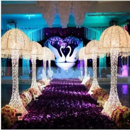 Chinese  New Wedding Decor Centerpieces led Light Up jellyfish Roman Column Road Leads for Party Decoration Props manufacturers