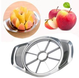 Metal Pear NZ - Stainless steel apple slicer Vegetable Fruit Apple Pear Cutter Slicer Processing Kitchen slicing Fruit Cutter KKA2271