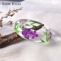 $enCountryForm.capitalKeyWord NZ - LIEBE ENGEL Fashion Clear Resin Bangle Bracelet With Real Dried Flower Leaf Cuff Indian Jewelry Bracelet Women High Quality