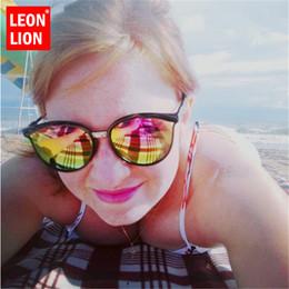 $enCountryForm.capitalKeyWord NZ - LeonLion 2019 Fashion Candies Cateye Sunglasses Women Luxury Plastic Eyewear Classic Retro Outdoor Shopping Oculos De Sol Gafas