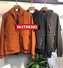 Vente en gros manteaux d'homme Veste de luxe simple couleur unie Zipper Épaissir Couple Brassards Logo de haute qualité de la mode Veste large