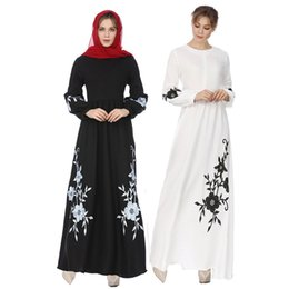 Wholesale dresses long maxi womens chiffon for sale – plus size Womens Muslim Chiffon Long Sleeve Long Maxi Dress Vintage Dresses Paragraph Large Size Embroidered Dress_3