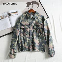 Wholesale military style jacket xl woman resale online – BIAORUINA Women s Military Style Comflagure Printing Denim Jacket Coat Female Single Breasted Loose Jacket Turn down Collar Y200101