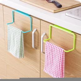 $enCountryForm.capitalKeyWord UK - 1Pc New Portable Kitchen Cabinet Over Door Hanging Towel Rack Hanging Holder Bathroom Kitchen Cabinet Cupboard