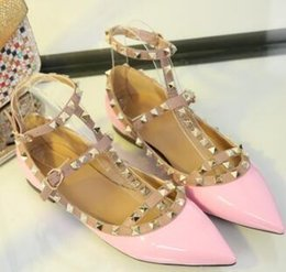 Fashionable Flat Shoes Laces Australia - Brand women's shoes with pointed toe and shoes with fashionable women's shoes, leather ankle strap flat heel shoes 35-42.