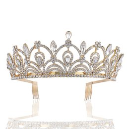 Wholesale New FlowerbCrystal Bride tiara Crown Queen Wedding Crown Headpiece Wedding Hair Jewelry Accessories A0451