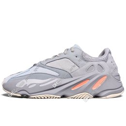 Leather Running Shoes For Men UK - With Box New Kanye West Static 3M Mauve Inertia 700s Wave Runner Mens Running shoes for men Women Solid Grey sports sneakers designer