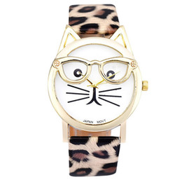 $enCountryForm.capitalKeyWord UK - Lovely Cartoon Cat Glasse Couple Quartz Watches Cute Leather Strap Men's Watches Fashion Student Women Clocks Relogio Saat